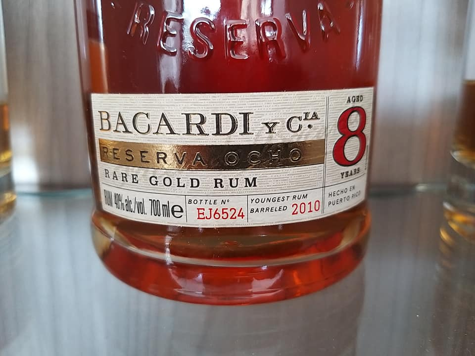 Rum Bacardi 8 - etykieta